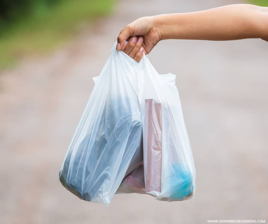 50 Uses for Plastic Bags   Don't throw those Walmart bags ...