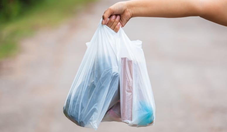 50 Uses for Plastic Bags   How to Re-Use Walmart Bags