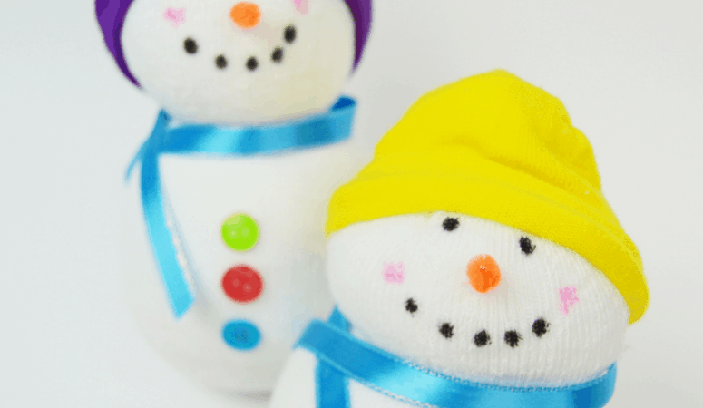 No-Sew Snowman | Easy Winter Kid's Craft