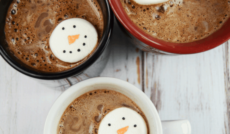 Snowman Marshmallows | The Perfect Hot Chocolate Topper!