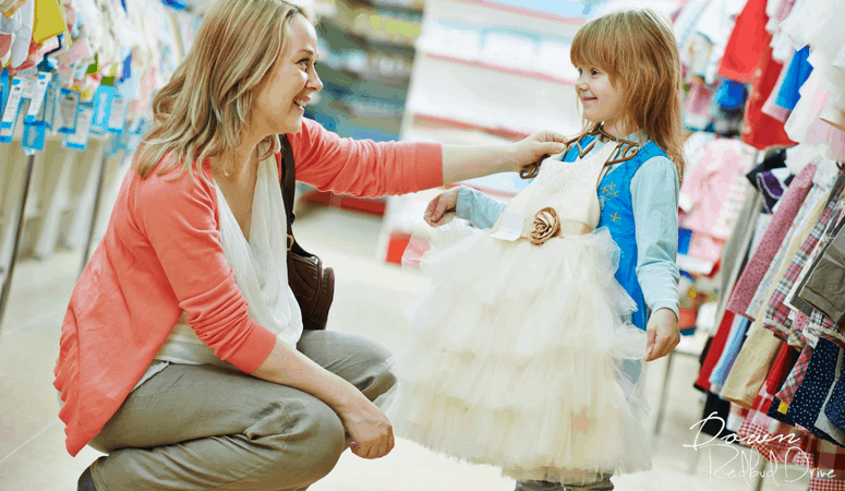 Seasonal Kid's Consignment Sale Shopping Tips and Hacks
