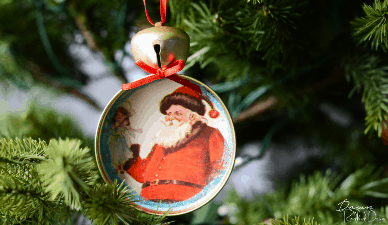 Mason Jar Lid Ornaments | DIY Christmas Ornaments