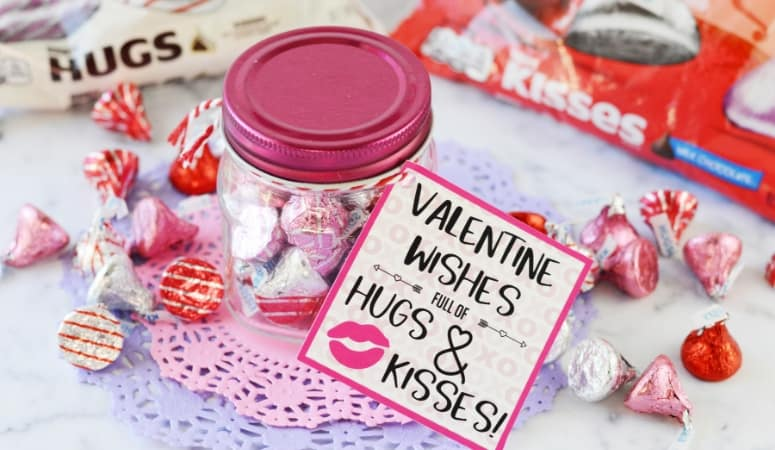 Hugs and Kisses Valentines | Free Printable Tags