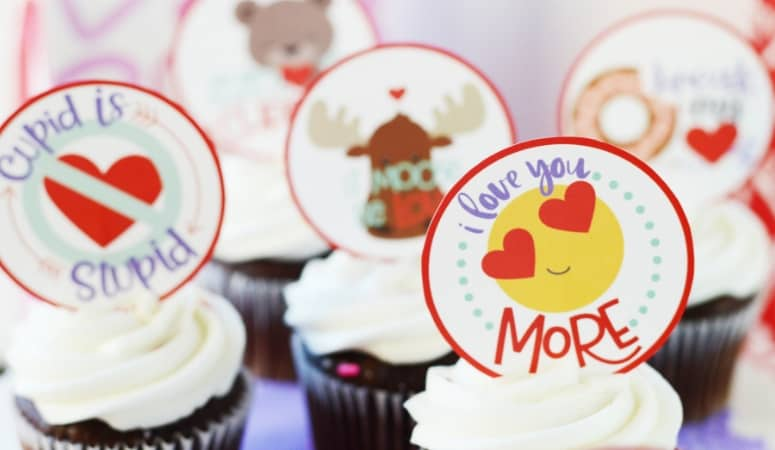 Valentine Cupcakes for Kids | Free Printable Cupcake Toppers