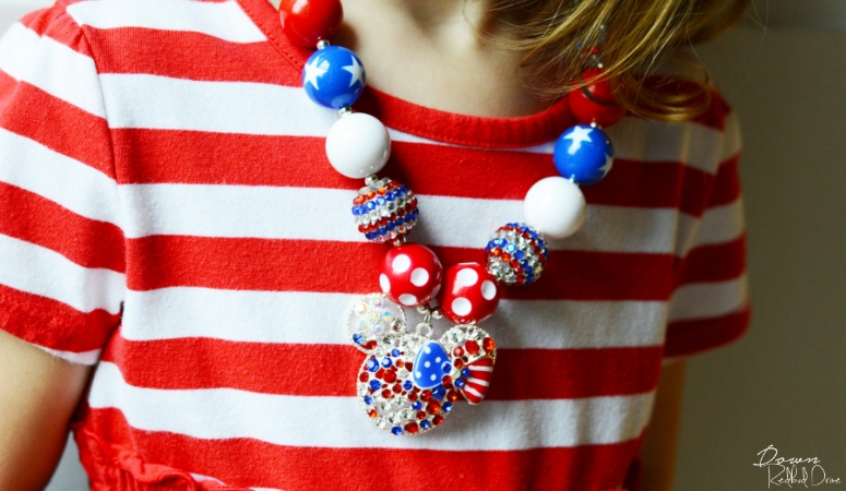 DIY Patriotic Bubblegum Necklace