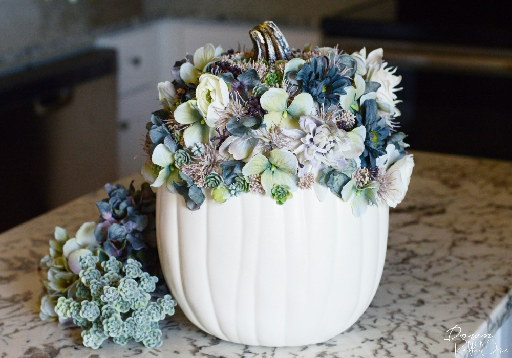 white floral pumpkin diy