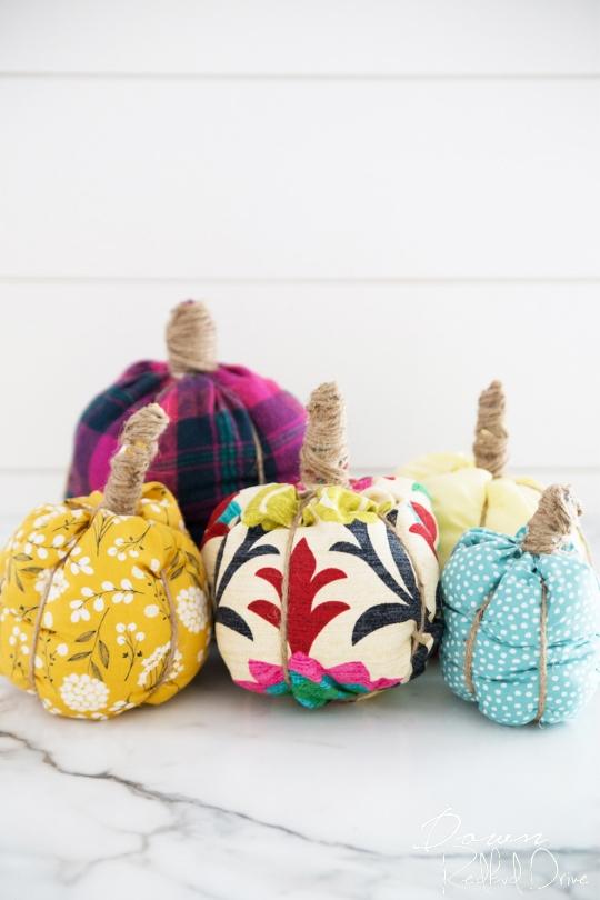 no-sew fabric pumpkins DIY
