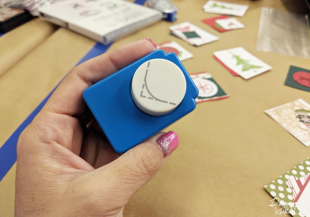 rounded corner paper punch