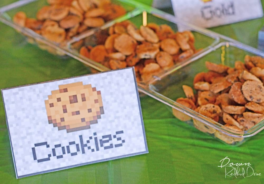 minecraft cookies birthday party food with free printable sign