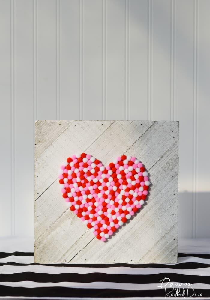 Valentine Pom Pom Sign