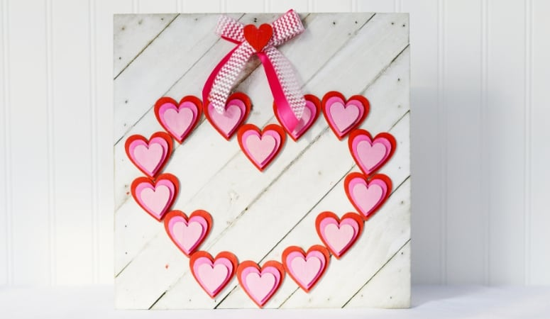 Wooden Heart Valentine Sign DIY