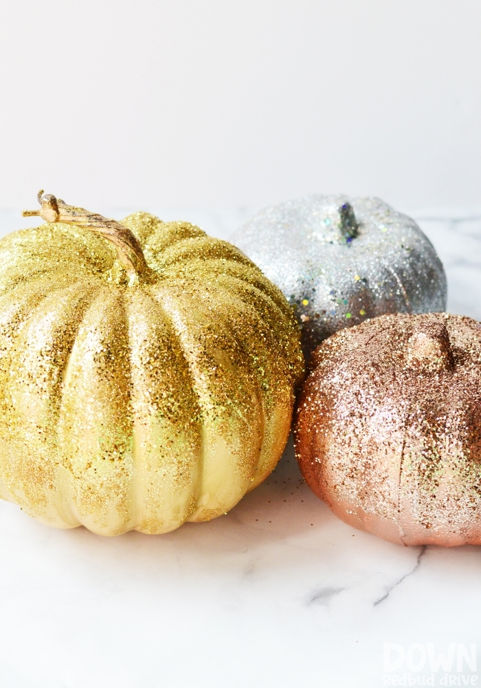 Tall picture of DIY glitter pumpkins