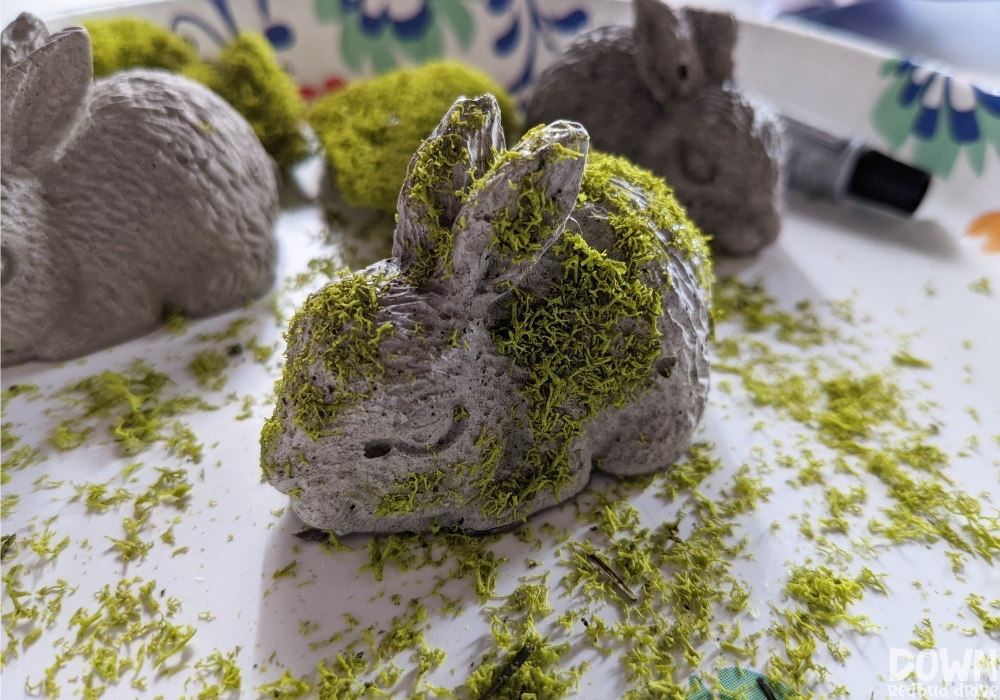 Closeup of the finished concrete bunny DIY project.
