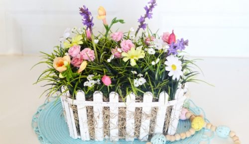 DIY Spring Floral Centerpiece Featured Image