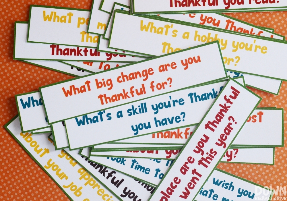 Close up of the thanksgiving gratitude game questions.