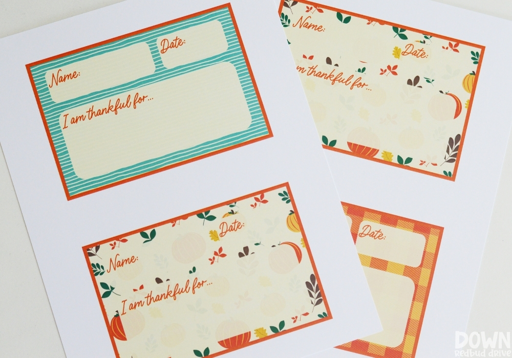 Overhead view of the thanksgiving thankful place cards printables.